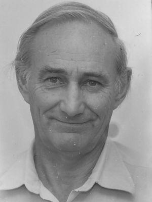 <p>Professor Ernest Roe</p>